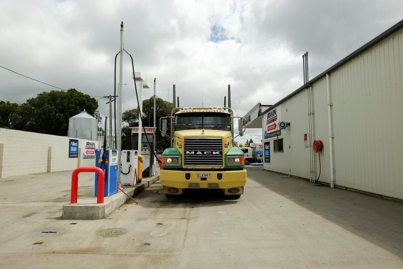 Irwin Motors Winton has a 24/7 drive through, easy access truck stop